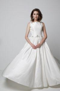 facebook, weddings dress on facebook, facebook bridal shop