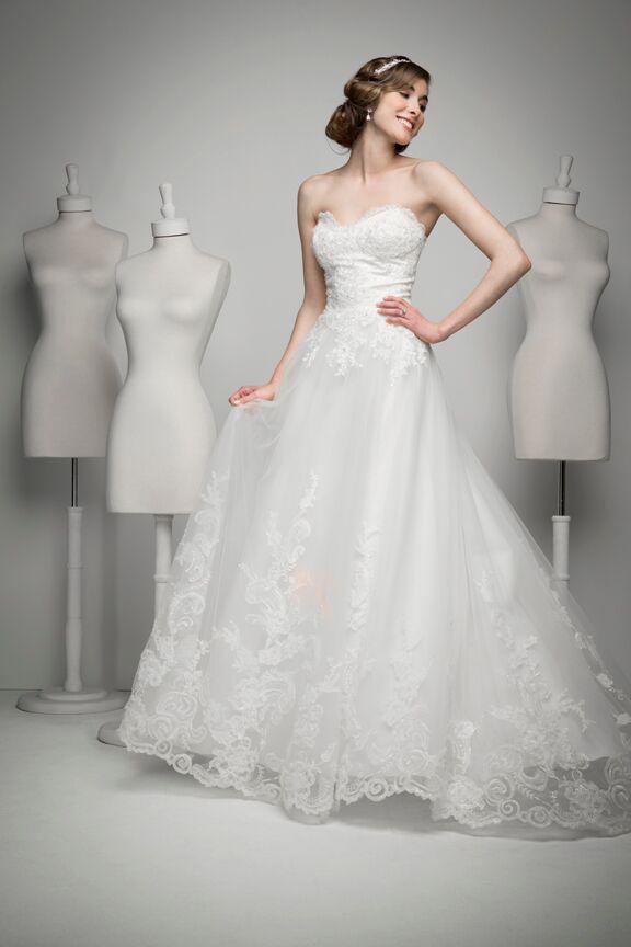 Lace Weddings Dress   Bridal Store GA   Bridal Shop  