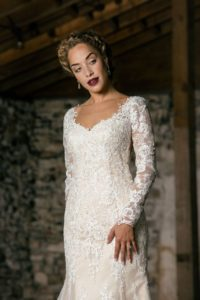 lace-weddings-dress-style